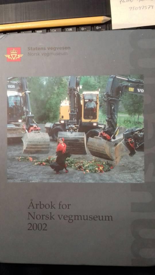 Årbok for Norsk vegmuseum  2002