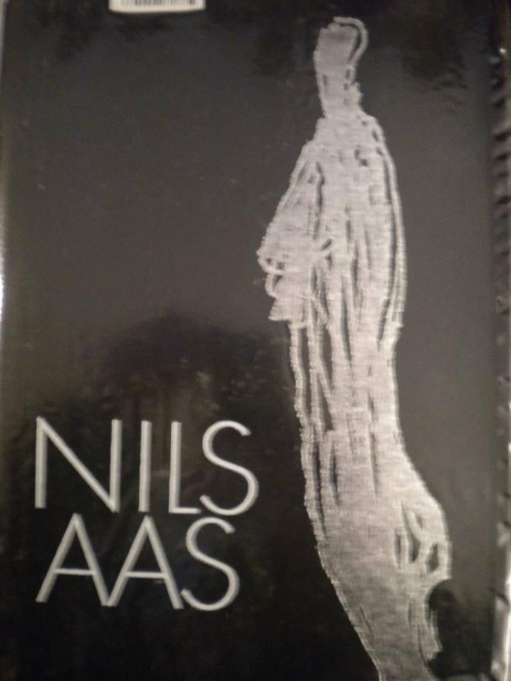 NILS AAS Et billedhuggerportrett